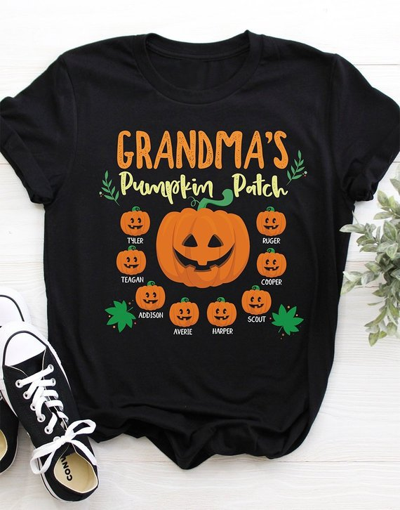 4-phil-and-kay-decorate-pumpkins-with-grandkids