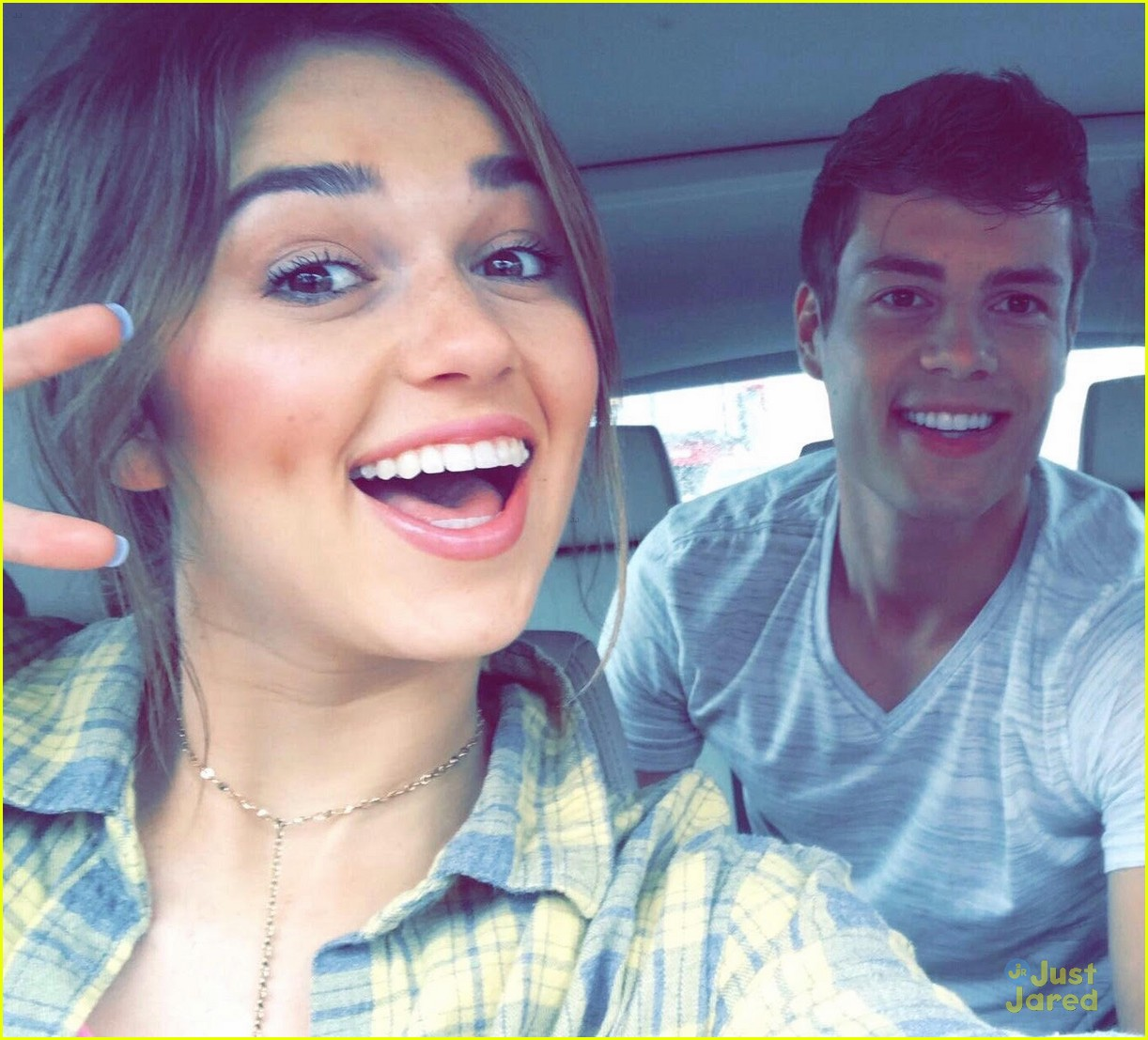 Sadie Robertson To Appear In New Country Music Video |
