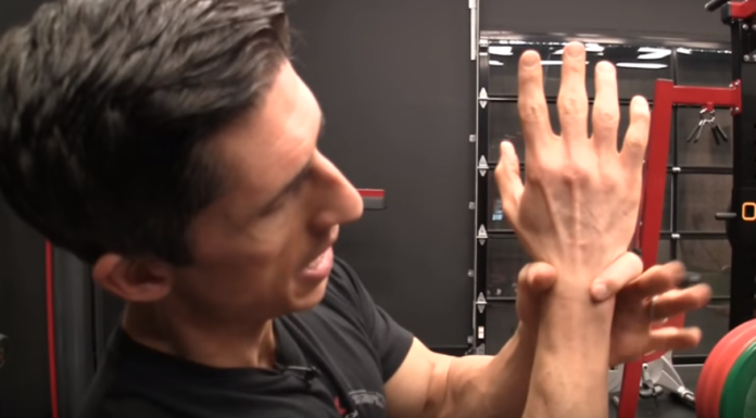 How-to-Fix-Wrist-Pain-Working-Out