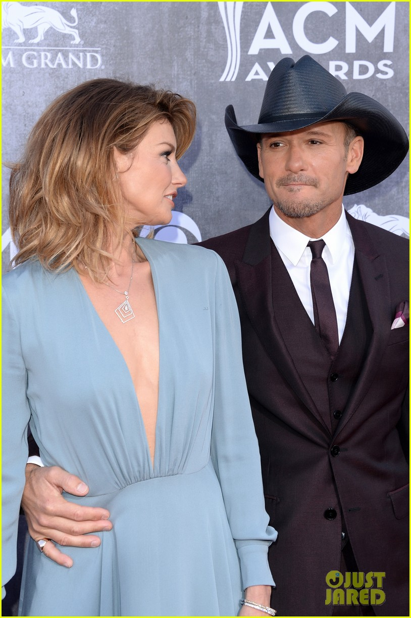 "Tim McGraw and Faith Hill, ""I Knew You Were Waiting"""