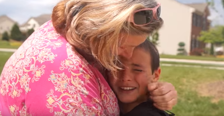 emotional-surprise-visit-from-grandma
